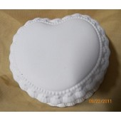 heart with lace box