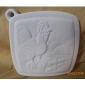 pot holder 11 rooster on fence